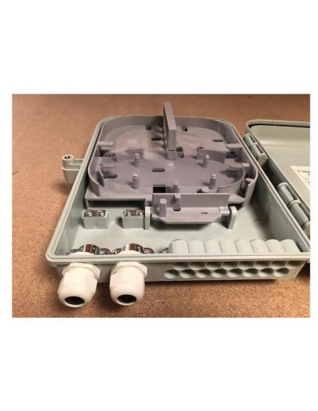 Caja F.O. de Exterior IP-65 para 16 adaptadores SC Simplex 3
