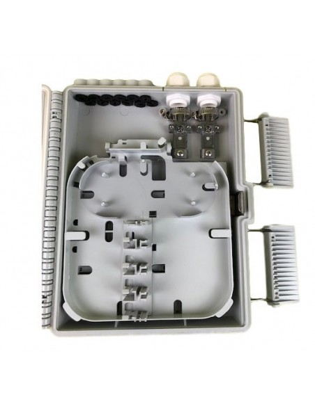 Caja F.O. de Exterior IP-65 CON LLAVE para 12 adaptadores SC Simplex - LC Duplex 6